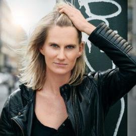 Lucy van Kuhl – Liedermacher-Kabarett